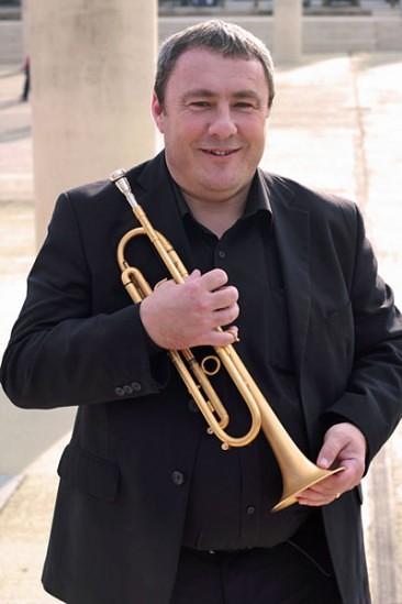 Andrew-Jones-Trumpeter-366x549