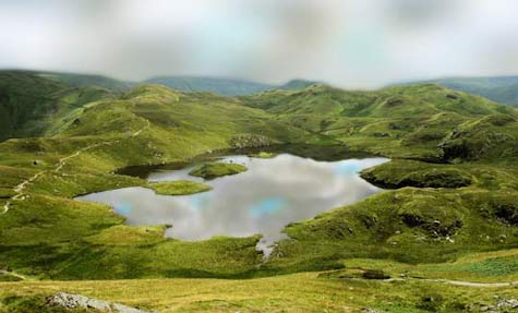 angle tarn lake district cloud catcher fells